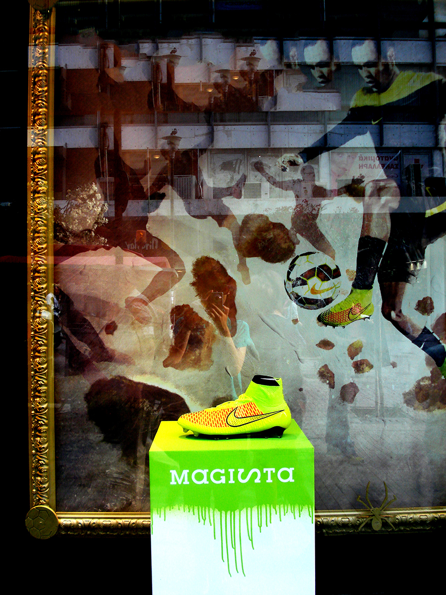 nike-shoes-athens-window display