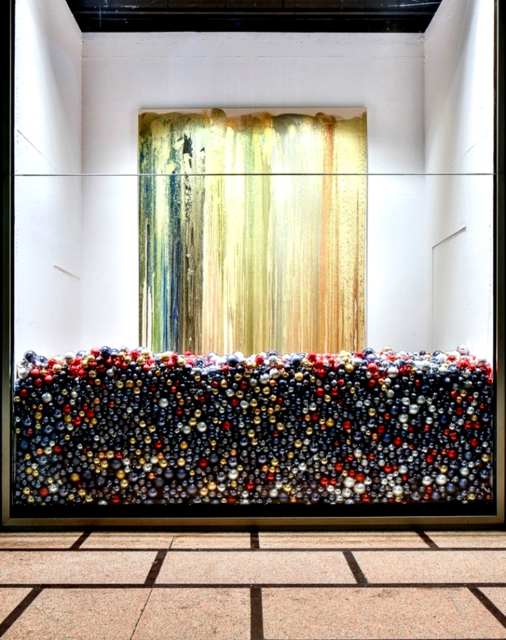 John Armleder's window installation - La Rinascente, Milan